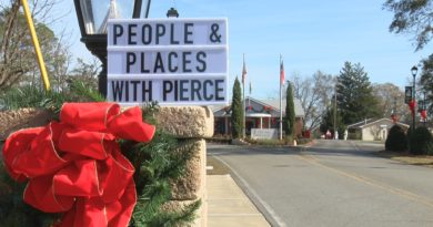 People & Places with Pierce: Santa Claus, Georgia